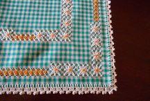 toalhas de mesa bordadas