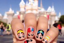 Caricaturas en tus uñas