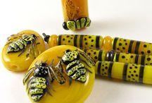 MZ Glass Bees, Honey, Honeycombs