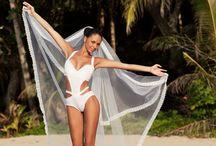 Brides  / Pretty brides in beautiful exotic locations.