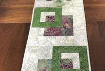 table runners and placemats