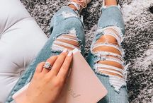 Denim │ Jeans, Jean Jackets, Jean Skirts and Overalls / While I love cute jeans, ripped jeans, boyfriend jeans, skinny jeans (basically any kind of jeans), I also adore a fun denim skirt outfit or denim jacket outfit. And an occasional overall outfit is never a bad idea either.