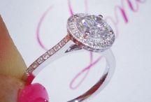 rings / engagement & wedding rings