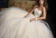 Wedding Ideas / by Jordan Ridgeway