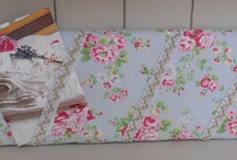 Cath Kidston Spray Flowers Pretty Floral Memo board