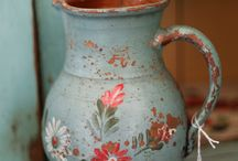 vintage home colors / by Wendy Luchtenborg