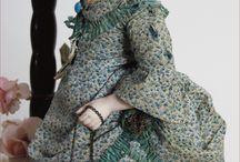 Старинные модные куклы