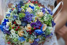 Wildflower wedding in traditional Greek stone church / Μικτή αγριολούλουδα για ένα υπέροχο φυσικό γάμο στην Ελλάδα