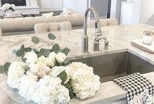 Kitchen Faucet/Sink