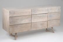 Meubles designs Korb by Amadeus / Notre boutique de meubles en ligne vous propose également des meubles de la marque Korb by Amadeus ultra design. Vous y retrouverez des meubles aux formes cubiques, ovales à l'aspect laqué ou en manguier blanchi