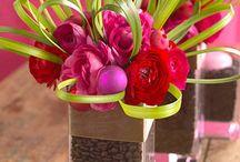 flower arrangements / by Heather Lyons