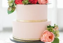 Flowers {wedding cakes} / by Sweet Pea & Roses