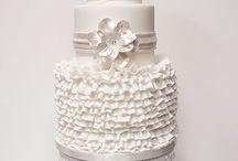 Wedding Cakes / by Brooke Glanzberg