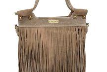 Accessoires & trends / De leukste tassen trends en andere accessoires trends van dit moment laat ik je zien op Pinterest.