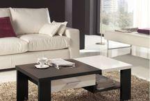 Table basse moderne, table basse laquée / Partager en famille dans le canapé autour d'une jolie table basse... quoi de plus plaisant ? Chez AccroDesign, la qualité est au RDV, il ne vous reste qu'à faire votre choix entre une table basse design laquée ou une table basse moderne ou le mix and match du bois et de la laque apporte à votre salon une atmosphère accueillante et chaleureuse.