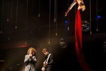 Project dance4life funky fundraiser / Onlangs mochten wij aan een heel gaaf project meewerken: dance4life's funky fundraiser in de Kromhouthal in Amsterdam. De opbrengst van deze avond - met wervelende optredens, een diner op topniveau en een spectaculaire veiling – ging naar de wereldwijde voorlichtingsprojecten van dance4life. Wat wij daar deden? De verlichting verzorgen natuurlijk. Boodschappenlijstje: 150 x No.1 in rood en wit, 8 x No.19XL, 20 x No.20 en  20 x No.5.  Het was even zweten, maar het was het zeker waard!