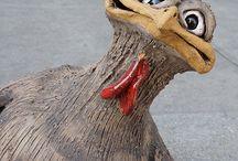 Kippen, vogels in klei