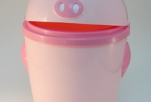 Piggy Dustbin / Garbage Can