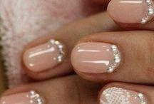 Beautiful nails / very nice