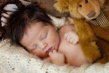 Newborn pictures / by Leann Hardie