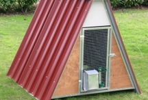 Chicken Coops and Poultry Houses / We have a wide range of prefabricated structures for laying hens, fowls, chicks, capons, turkeys, geese, ducks, etc.., both in sheet metal and insulated panels. Our chicken coops are suitable for outdoor use, designed for long life and complete with accessories. Also available in network enclosures and a wide range of accessories such as feeders, drinkers, anti-crush nests for collecting eggs, etc... We make chickens coops, poultry houses, cages for hens