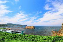"""ローカル列車の旅 / のんびりと、懐かしい田舎風景や、美しい自然の中を走って行くローカル列車。 楽天トラベルの""""旅好き""""会員が選んだ、日常の忙しさを忘れさせてくれる「おすすめ」のローカル列車をご紹介!"""