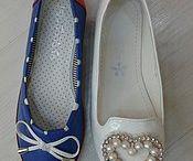 Girls foot wears