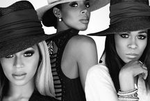 Destiny's child / Beyoncé Knowles, Kelly Rowland, and Michelle Williams.