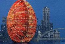 Top 10 Easter Egg Shaped Buildings / Sektor's top 10 Easter egg shaped buildings from around the world.