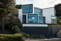 Archi eco / Eco-constructions, maisons auto-suffisantes, bâtiments générateurs d'énergie... l'architecture du futur est ici