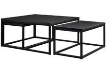 1 sofa - på 3 måter Mørk Stil / Dette er en mørk stil med mye svart/gråtoner, litt dyrisk og mystisk.