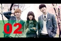 Who Are You - School 2015 후아유 - 학교 2015 / Who Are You - School 2015 후아유 - 학교 2015 - Eun-byul's best friends are Cha Song-joo and Lee Shi-jin, and she shares a mutual attraction with Han Yi-an, the school's star swimmer. Eun-bi and Eun-byul look exactly alike, but only Eun-byul is aware of the other's existence.