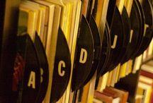 Vinyl record divider