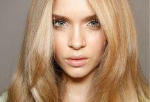 Eszti blonde