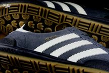 adidas Jeans 'Carbon/GreyOne' CQ2768