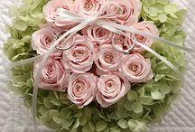 Dozen Rose / 【ダーズンローズ】 12本のバラにはそれぞれ意味があり、「感謝・誠実・幸福・信頼・希望・愛情・情熱・真実・尊敬・栄光・ 努力・永遠」を象徴しています。 Ring pillow, Dozen rose, Pink&Green