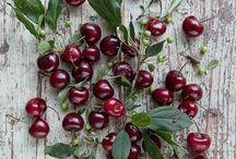 Cherries! / Read Related Post at http://www.aheadfullofpin.com/2016/06/una-domenica-di-abbuffate-culatello-di.html