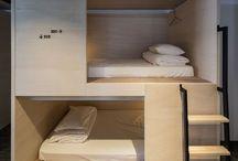 Bed floor