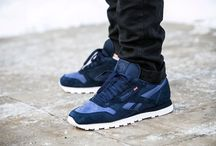 "Reebok Classic Leather NP ""Collegiate Navy"" (V70835)"