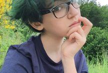 hair/piercings