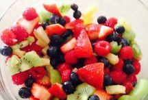 Fruit bowl / It has blueberries pineapple raspberries strawberries Keewee