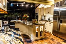 Elegant Expressions / Dorothy In York, PA Wanted To Add Some Glamour And  Elegance To · Lakehouse Kitchen