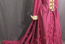 Elizabethan Gowns and Costumes for YLKGOM / by Dorrit Morgan