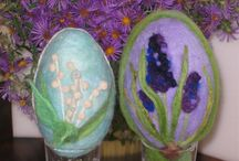 Needle Felting Fun / Easter fun, needle felting and creating baby chicks, Easter Eggs, bunnies and more.  Great family fun and easy.