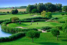 Golf Club Prà delle Torri / Il Golf Club Pra' delle Torri ha uno splendido sea-course 18 buche PAR 72 per chi ama il golf e vuole sfidarsi su un percorso appassionante. C'è anche spazio per chi ha tanta voglia di imparare, seguito da istruttori di livello internazionale