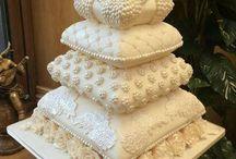 Writing: Wedding Cakes