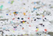 Kunststoffstrahlmittel / Duroplaste wie UREA TypII, Melamin TypIII oder Acryl TypV werden als Strahlmittel überall dort eingesetzt, wo ein schonendes Reinigen einer Oberfläche erforderlich ist. Entlacken, entschichten und entgummieren Sie schnell, einfach und schonend.  Fordern Sie noch heute Ihre Testmenge an. Wir beraten Sie gerne .