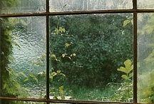 finestre e porte / l'incredibile immaginazione che l'essere umano esprime in porte e finestre, incanto del Passare Al di Là