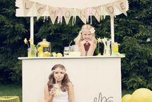 Lemonade Stand | Elaine Zelker Photography