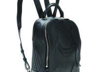 Back to school ¡Backpacks! / ¡Las mochilas están de vuelta! Aquí te damos las opciones más cool para el regreso a clases, y por qué no, para el trabajo también
